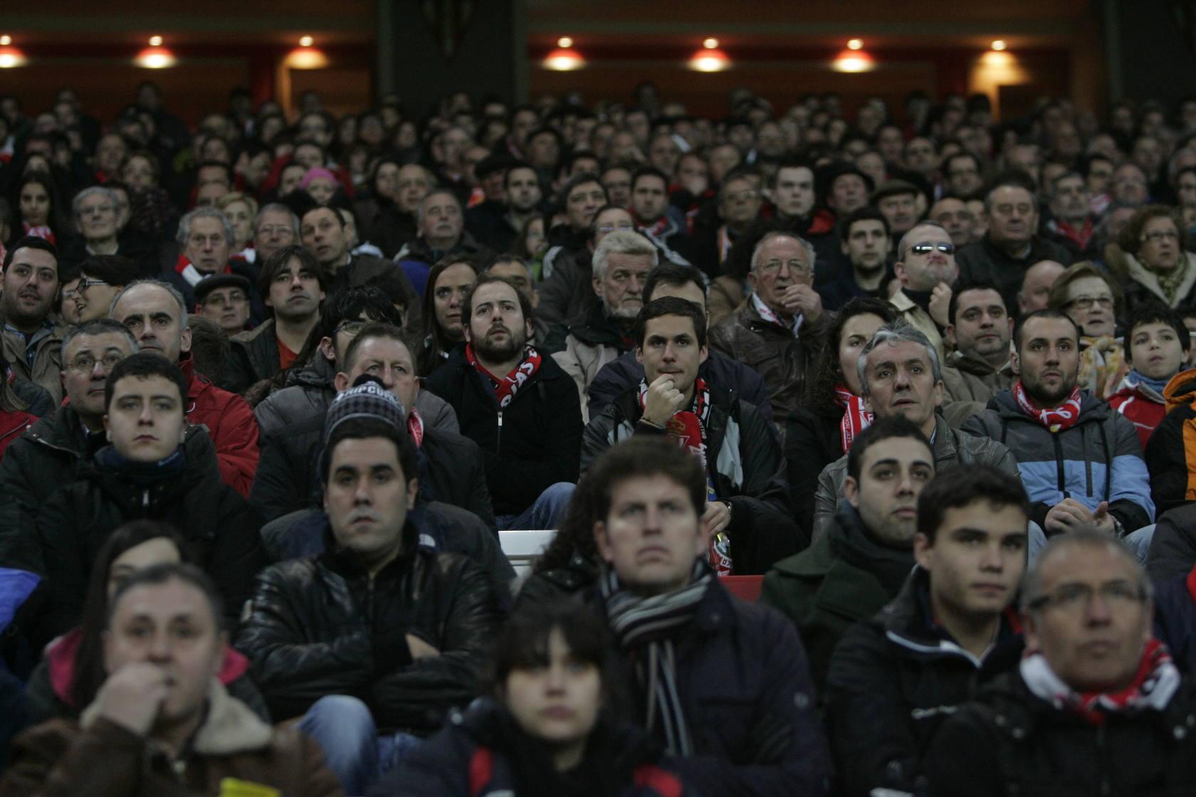 ¿Estuviste en el Sporting-BarcelonaB en el Molinón? ¡Búscate!