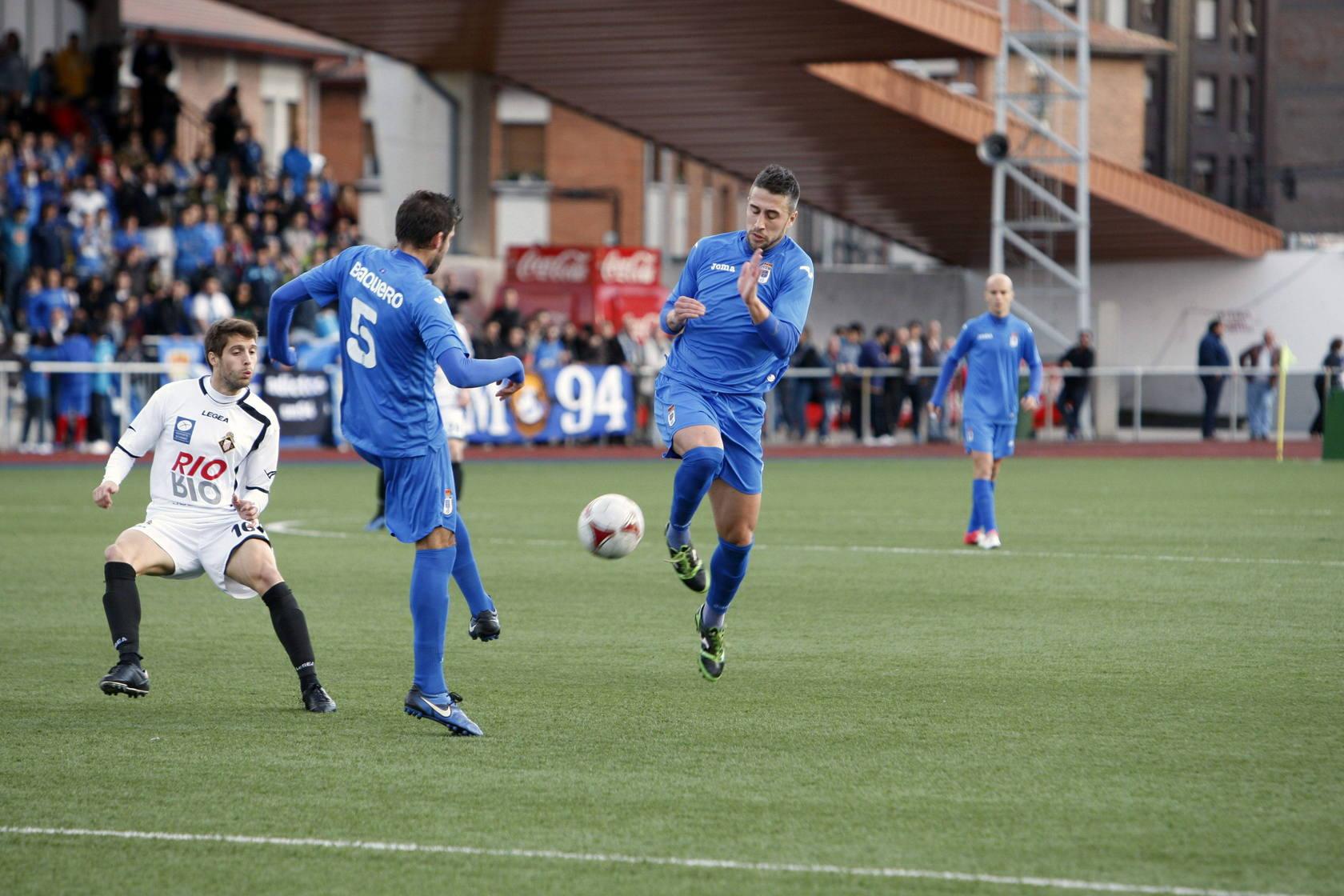 Caudal 2 - 1 Real Oviedo