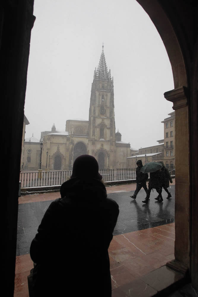 Nevada madrugadora en Oviedo